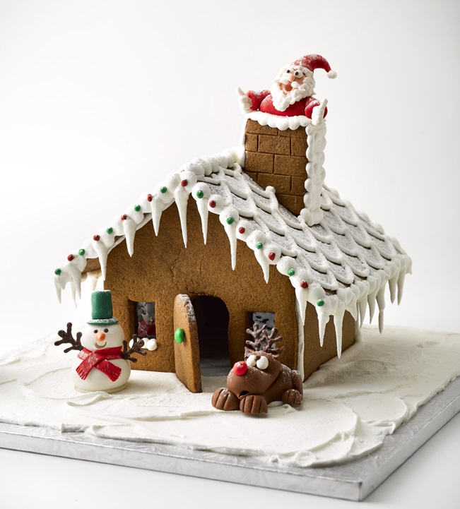 1 XmasGingerbreadHousecropped